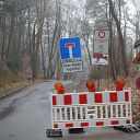Falkensteiner Weg, Siebenweg, barrier, traffic sign
