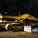 night, Falkensteiner Weg, Siebenweg, barrier, excavator, low platform trailer, traffic sign, place-name sign