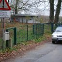 Falkensteiner Weg, car, traffic sign, fence, box